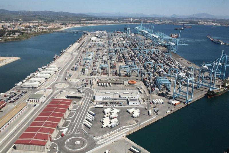 El tráfico en los puertos batirá récords en 2017 pese a la huelga de la estiba.